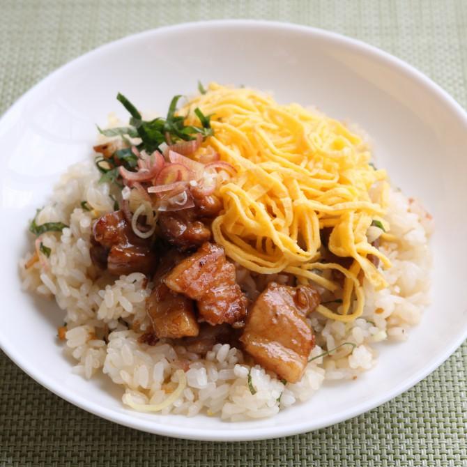 コロコロ豚肉のちらし寿司