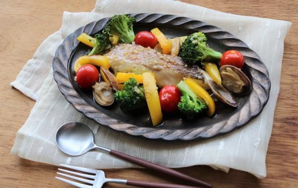 鯛と彩り野菜のアクアパッツァ風
